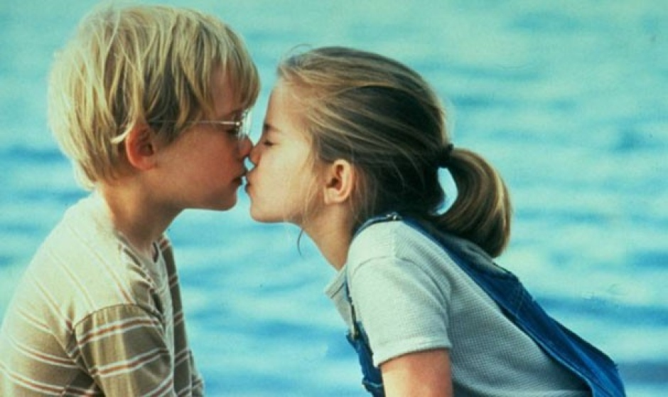 Resultado de imagem para dia do beijo fotos