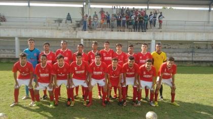 3e1286ce5a Escola de futebol do Vila Nova abre inscrições para pré-equipe da unidade  Dergo