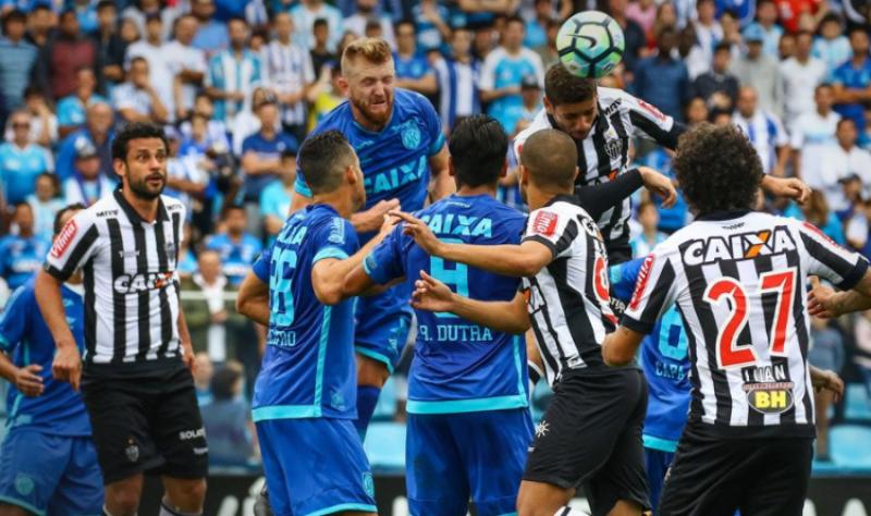 Goiano Dudu vence o prêmio Bola de Ouro do Brasileirão 01b5881a66ebb